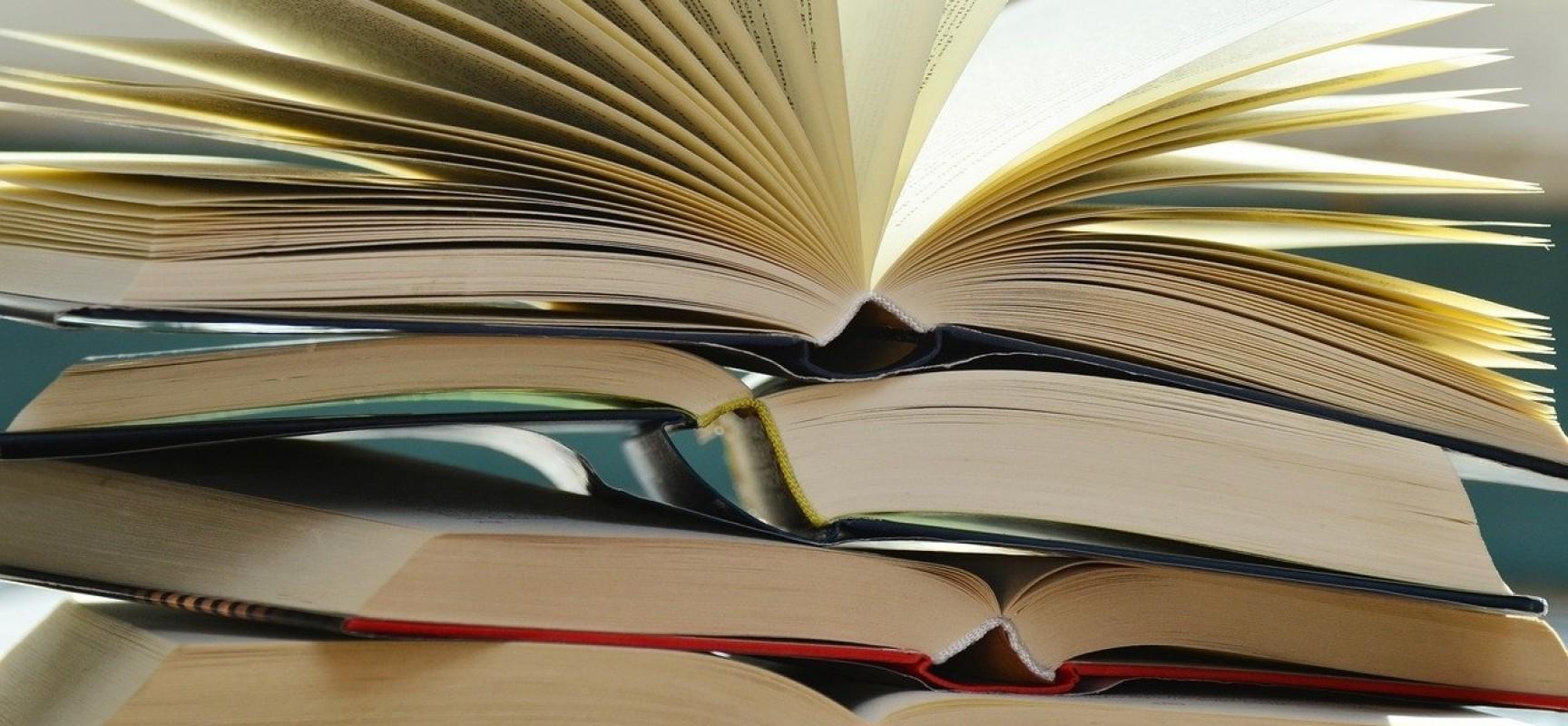 Bücherflohmarkt am 1. Oktober 14 bis 18 Uhr
